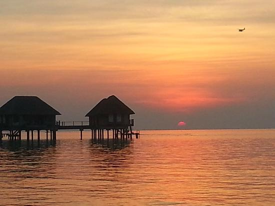 Club Med Kani: Beautiful sunset