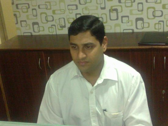 Hotel The Queeny: The Restaurant Manager - Mr Amol Patil - Great Leadership Qualities