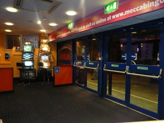 Mecca Bingo: Entrance to club