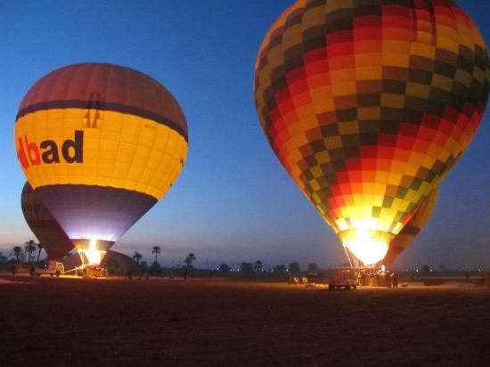 Sindbad Hot Air Balloons: Fill em Up