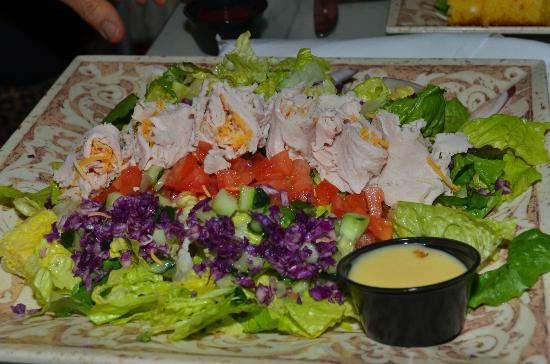 Ivy House: Salad plate - huge, bring your appetite!