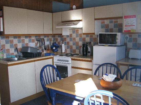 Afonwen Farm: Cramped Kitchen