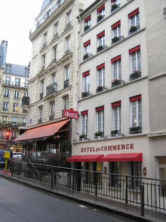 Hotel du Commerce: Street view