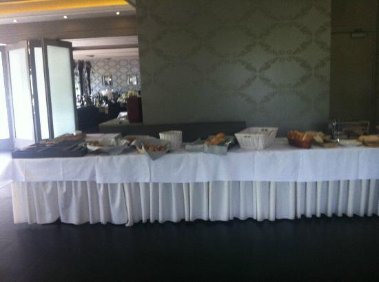 Eurotel Lanaken - Different Hotels : buffet déjeuner
