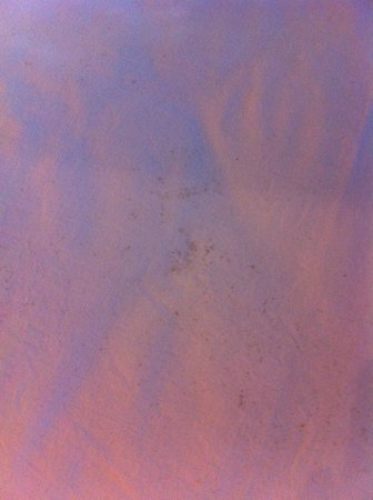 Siladen Resort & Spa: Dirty bedsheets