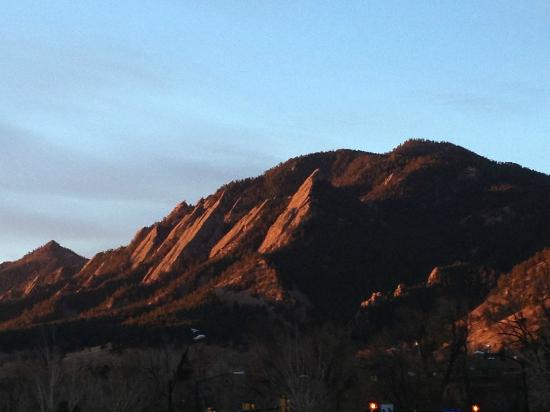St Julien Hotel and Spa: Sunrise on the Flatirons