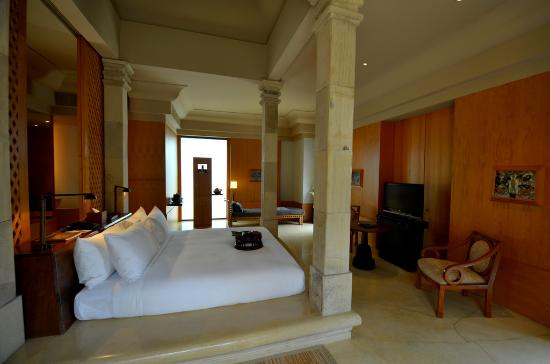 Amanjiwo Resorts: Borobudur Suite 