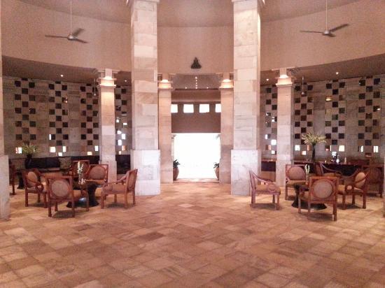 Amanjiwo Resorts: Lobby