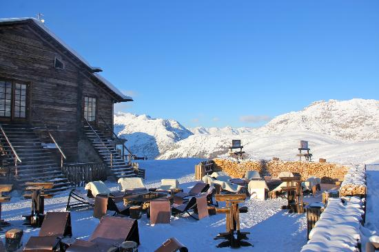 Mottolino Fun Mountain: Camanel di Planon mountain lodge