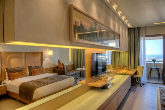 Saifi Suites: Superior Room