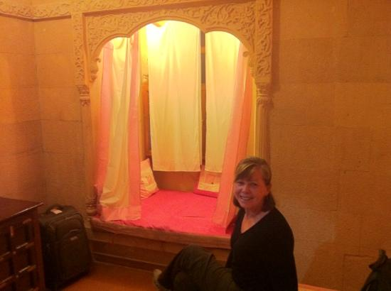 "Hotel Pleasant Haveli: window seat-"" pink suite"""