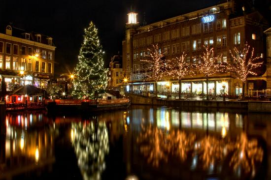 Annies Verjaardag At Christmas Time Picture Of Annie S Leiden