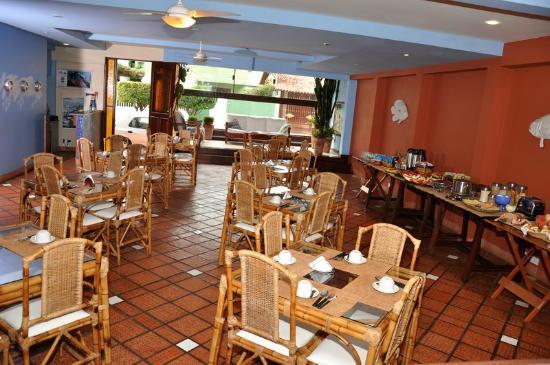 Pousada Porto Fino: Salão de Café da Manhã