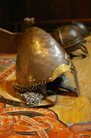 Lofoten Island: Helme und Waffen im Vikingermuseum Borg