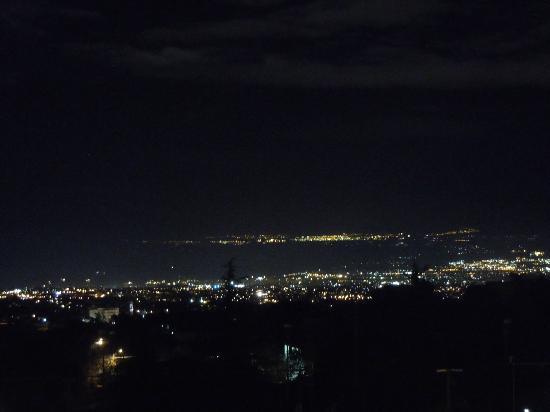 إتنا هت: Night view from Etna Hut - Catania By Night 