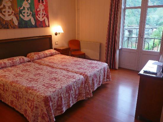 Zestoa, Spanien: Esta habitación está en la zona menos reformada