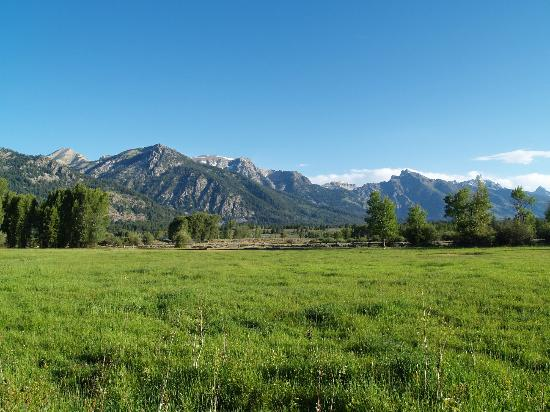 R Lazy S Ranch: View of the Grand Tetons from our cabin