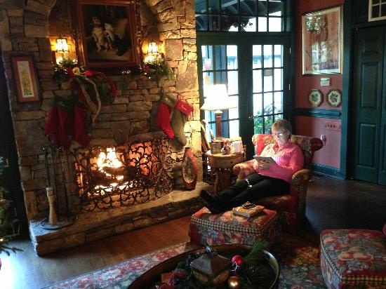Inn at Wintersun: Great area for reading a book.