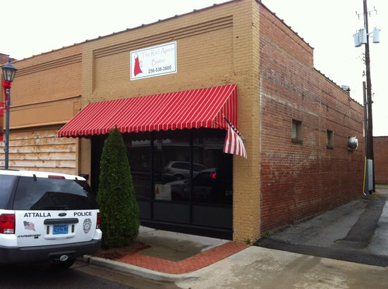 Red Apron Bistro:                                                                         Front