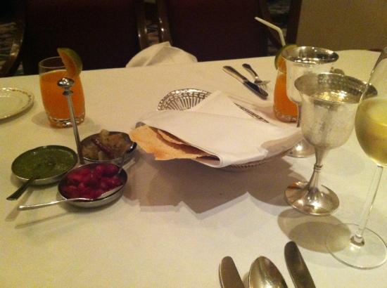 Rang Mahal Restaurant: mise en bouche