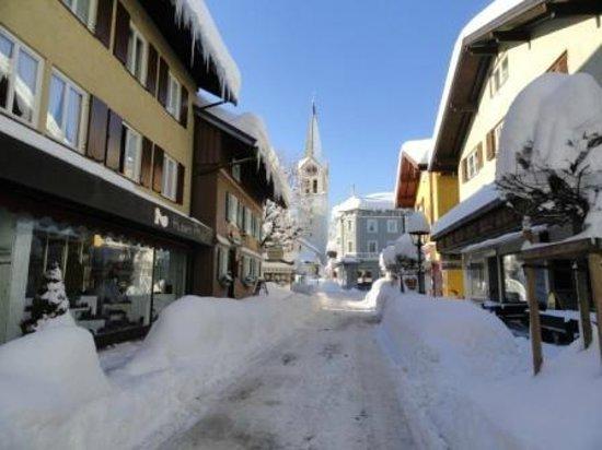 Lindner Parkhotel & Spa Oberstaufen: Oberstaufen im Schnee