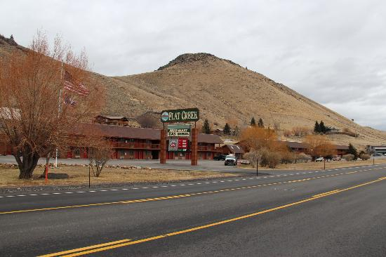 "Flat Creek Inn: along ""National Park Hwy"" linking 7 national parks."