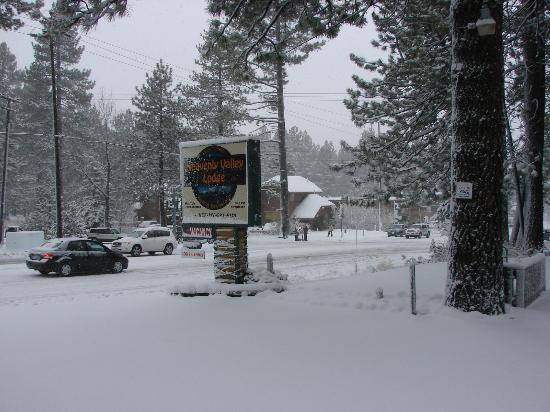 ‪‪Heavenly Valley Lodge Bed & Breakfast‬: We're expecting good snow this winter season‬
