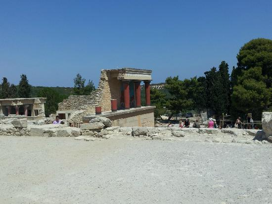 Heraklion Archaeological Museum: 6