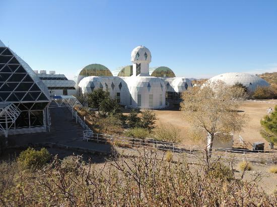 Biosphere 2: Facilities