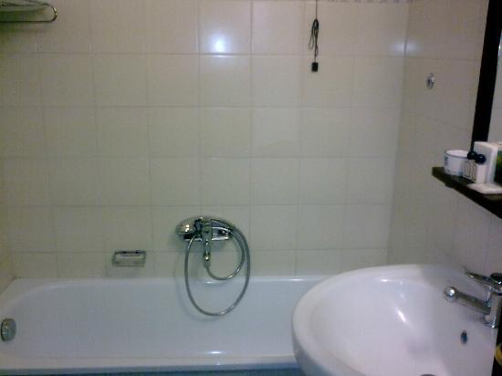 Palazzo Piccolomini: bagno