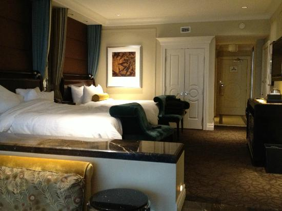 The Palazzo Resort Hotel Casino: Bedroom