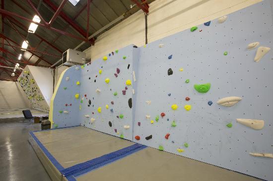 Eden Rock: 3meter wall