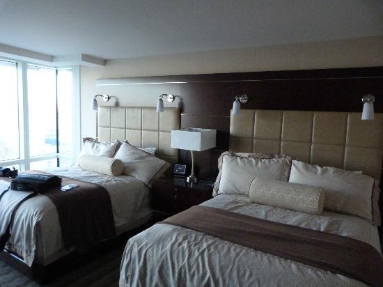 aria resort & casino- deluxe queen room