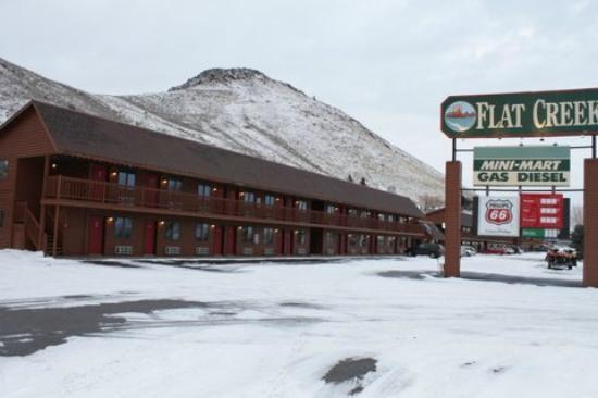 Flat Creek Inn: Year- round