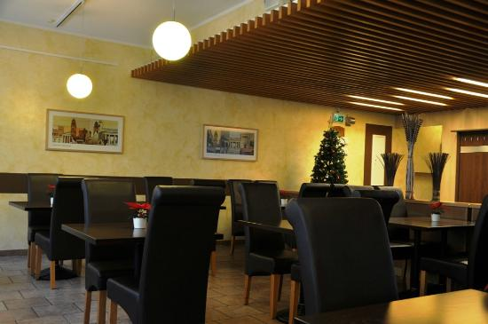 Hotel Royal: Dining area