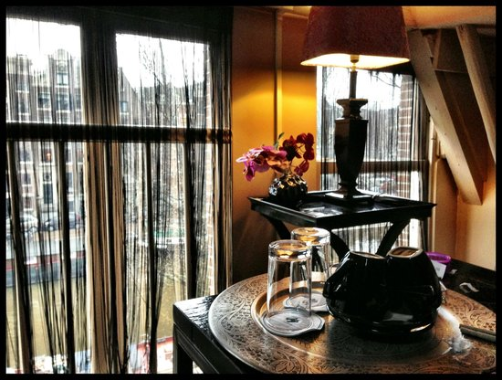 Hotel Sebastian's: our cozy sitting area, overlooking the canal