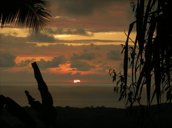 Casa Sosegada: Sunset over the Pacific