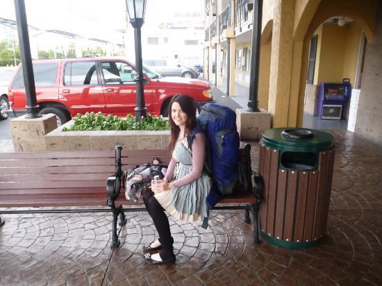 Mardi Gras Hotel & Casino: outside hotel waiting on shuttle 