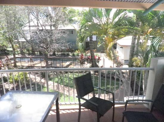 Marlin Cove Holiday Resort: Balcony overlooking lap pool