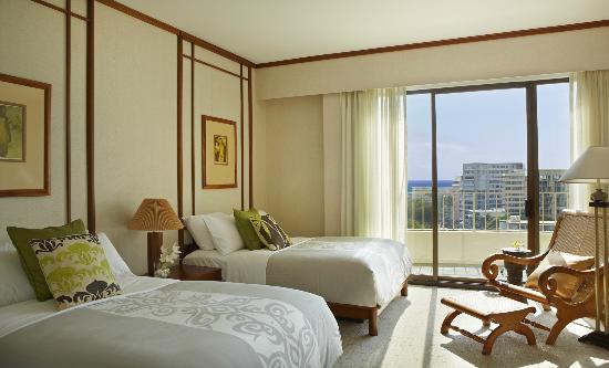Lotus Honolulu at Diamond Head: Penthouse Guest Bedroom