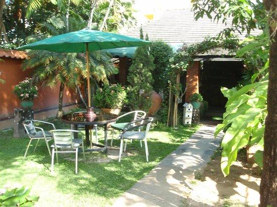 Chaba House: Garden area
