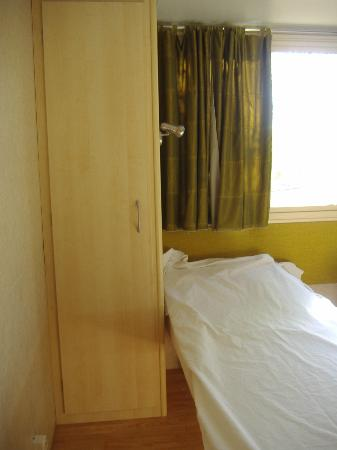 Norcenni Girasole Club : room with 3 beds