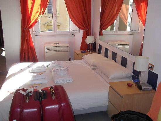 Gli Scipioni Bed & Breakfast: Our Room