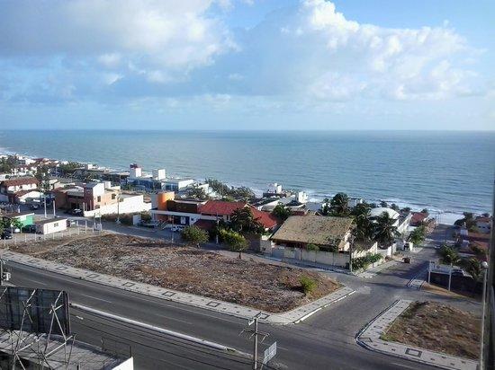 Hotel Olimpo: Vista do elevador para a praia