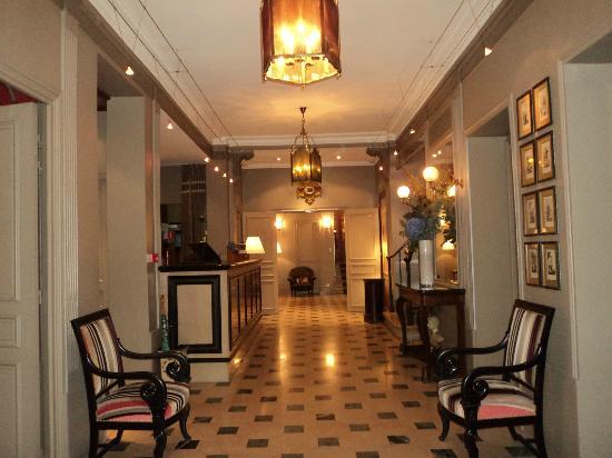 Louison Hotel: foyer