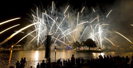 Epcot World Showcase : Illuminations: Reflections of Earth