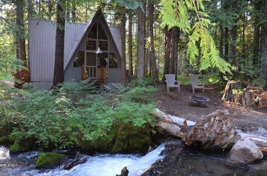 Summit Meadow Cabins: Falls Cr Aframe