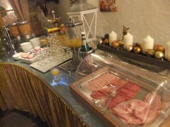 Hotel Schwarzer Bar : Colazione