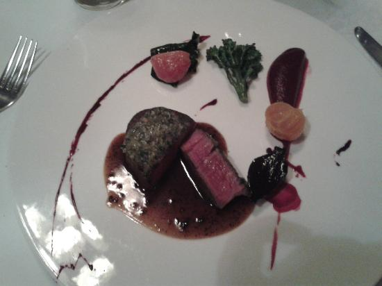 Jesmond Dene House: Galloway beef with bone marrow and parsley crust