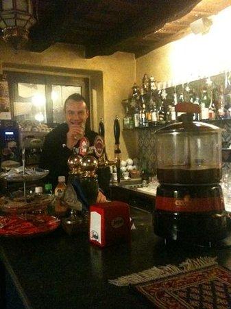 Caffe 31 : non perdetevi il barista!!!